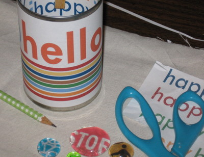 Hello_happy_pencil_cup